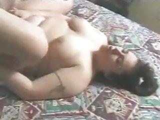 Curvy Arap anus