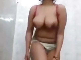 In need of sex Desi bitch exhibiting massive titties and masturbate
