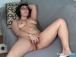 Yanks Aubrey's Clit Cum