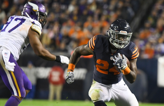 Oct 31, 2016; Chicago, IL, USA; Chicago Bears running back Jordan Howard (24) rushes the ball against the Minnesota Vikings during the second half at Soldier Field. Mandatory Credit: Mike DiNovo-USA TODAY Sports
