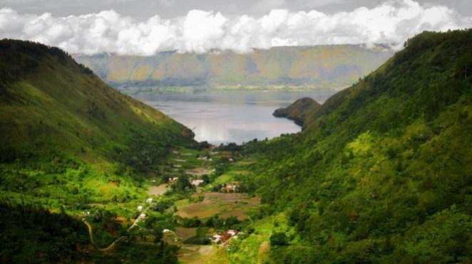Adian Nalambok, Danau Toba, Sumatera Utara.