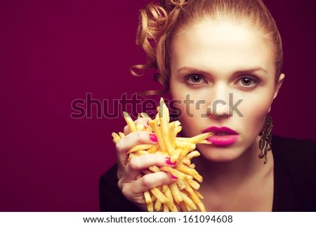 https://i1.wp.com/thumb1.shutterstock.com/display_pic_with_logo/1167269/161094608/stock-photo-unhealthy-eating-junk-food-concept-portrait-of-fashionable-young-woman-holding-eating-fried-161094608.jpg