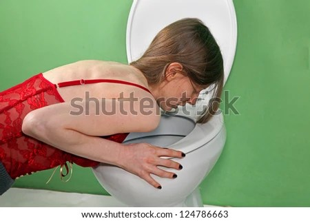 https://i1.wp.com/thumb10.shutterstock.com/display_pic_with_logo/374584/124786663/stock-photo-young-skinny-girl-suffering-from-bulimia-vomiting-in-the-bathroom-124786663.jpg