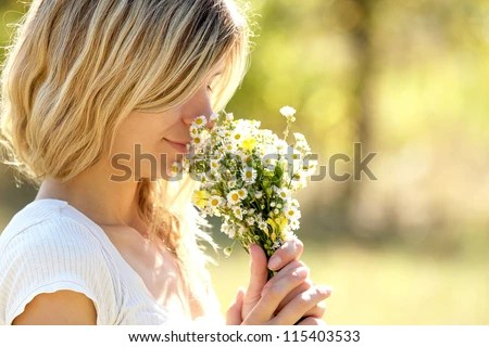 https://i1.wp.com/thumb10.shutterstock.com/display_pic_with_logo/607546/115403533/stock-photo-young-woman-smelling-flowers-in-nature-115403533.jpg?w=640