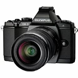 【送料無料】オリンパスオリンパス OM-D E-M5【レンズキット】(ブラック)/デジタル一眼 [OMDEM5]◆02◆
