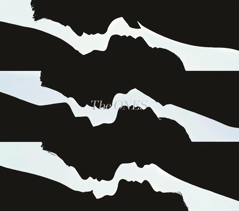 【先着特典】The ONES (初回限定盤A CD+Blu-ray) (ICカードステッカー付き) [ V6 ]