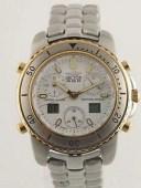 【送料無料】sector 550 chronograph alarm with digital display swiss made eta movement