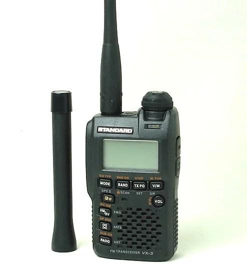 144/430MHzFMデュアルバンドトランシーバー&レシーバースタンダードVX-3