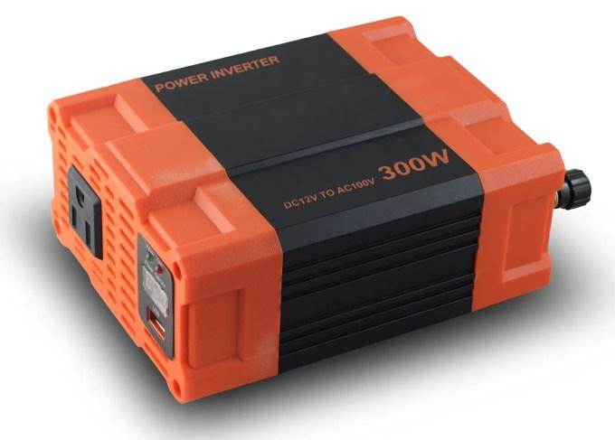 【ポイント10倍】インバーター 12V 100V カーインバーター 300W 車用インバーター DC