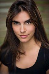 profile image of Lara Heller