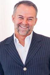 profile image of Stephen Jennings