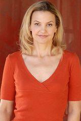 profile image of Elle Alexander