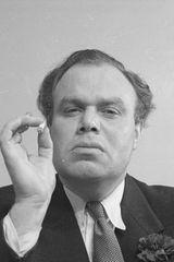 profile image of Peter Bull