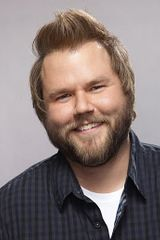 profile image of Tyler Labine