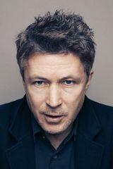 profile image of Aidan Gillen