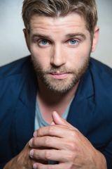 profile image of Mike Vogel