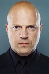 profile image of Michael Chiklis
