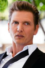 profile image of Barry Pepper