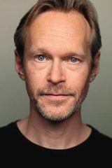 profile image of Steven Mackintosh