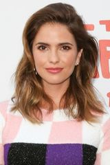 profile image of Shelley Hennig