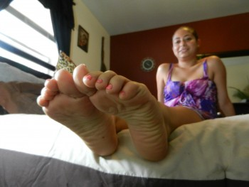 latina feet