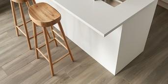 how to lay wood effect floor tiles