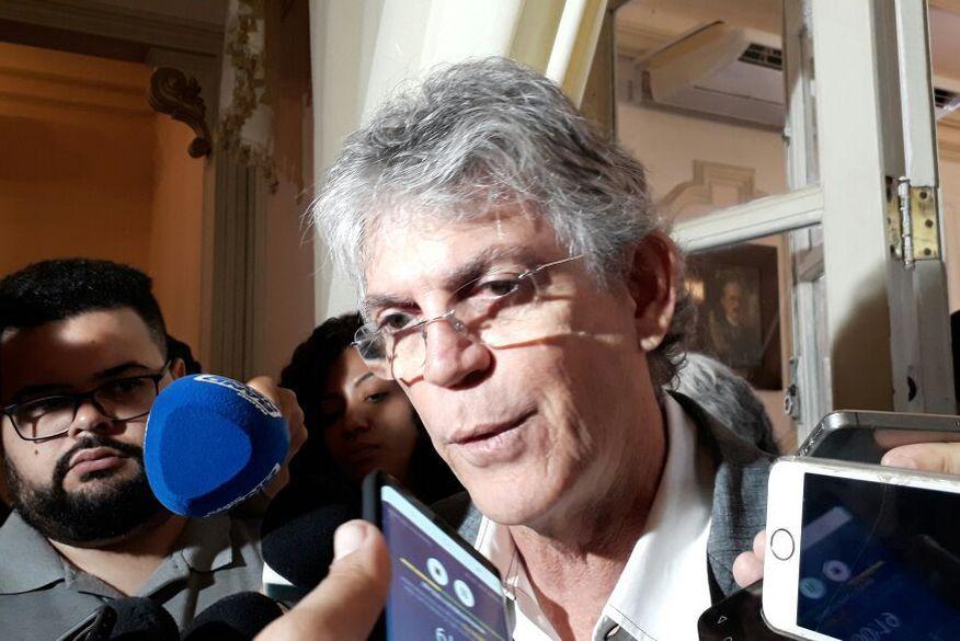ricardo coutinho   governador   aline lins - Ricardo diz que Daniella Ribeiro tem perfil para ocupar vaga na chapa majoritária