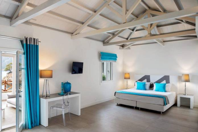 A suite at Marpunta Resort in Alonissos