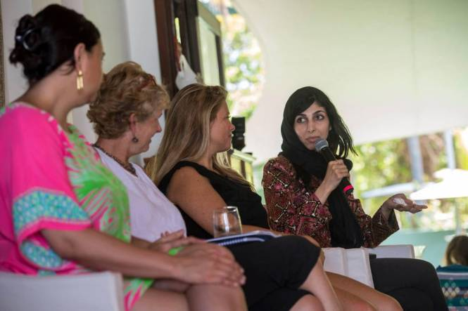 Women Discussing about the Empowerment of Money