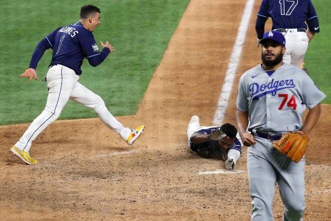 Clayton Kershaw And The Dodgers Must Rescue Their Legacies After The Rays Rescued Baseball In Game 4