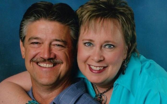 Nancy e Frank, em foto de arquivo pessoal. Os dois se casaram em 1983. (Foto: Family One Studio)