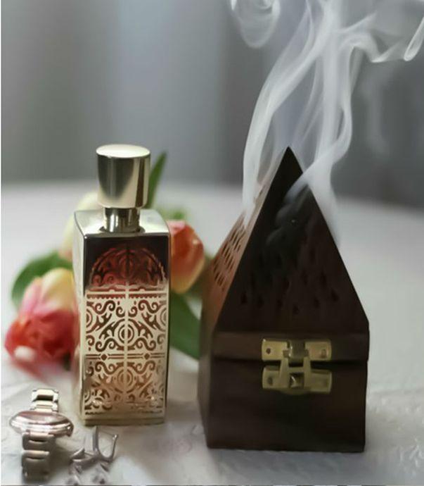 Imagini pentru parfumuri arabesti