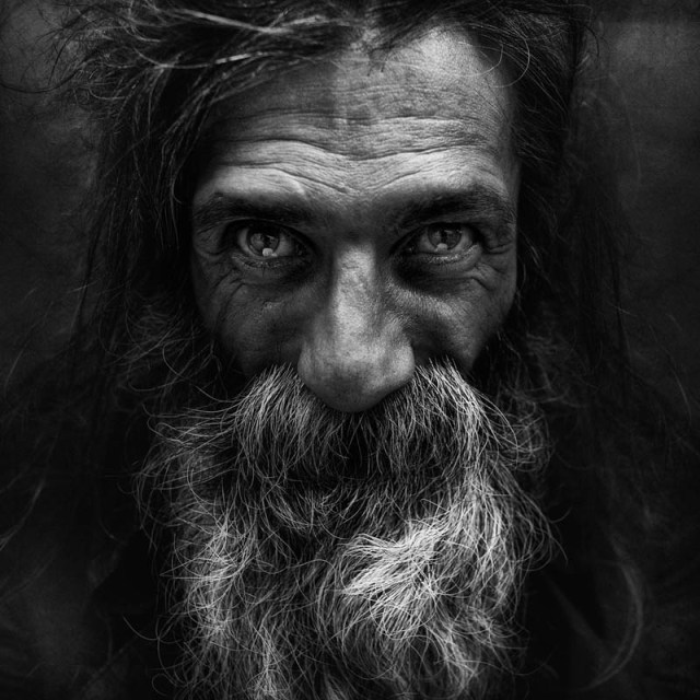 homeless black and white portraits lee jeffries 40 25 Incredibly Detailed Black And White Portraits of the Homeless by Lee Jeffries