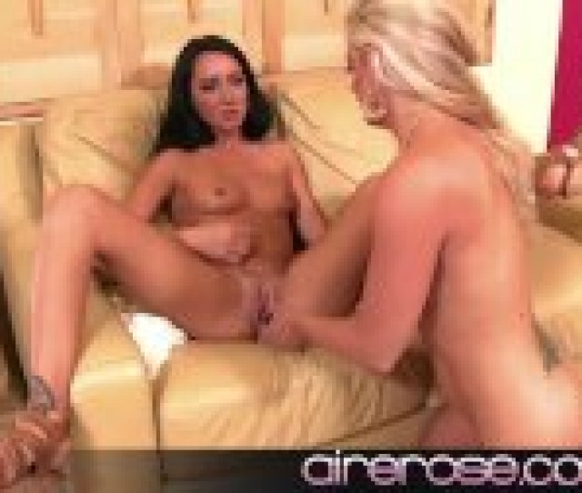 Airerose Hot Milf And Teen Lesbian Action