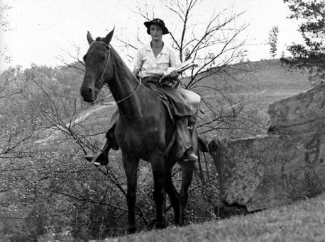 Horse-Riding Librarians Were the Great Depression's Bookmobiles ...