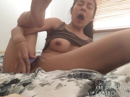 Young Asian Camgirl Pleasing Herself At Home_15