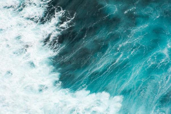 Волны в Бали стоковое фото. изображение насчитывающей ...