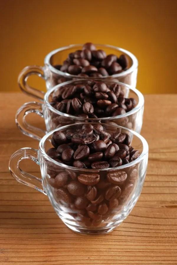 Кофейные зерна и кофе точильщика Стоковое Фото ...