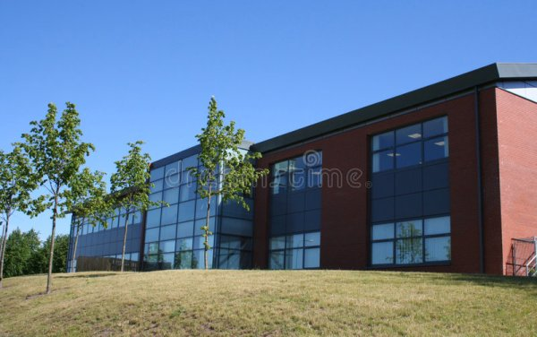 офис здания стоковое фото. изображение насчитывающей ...