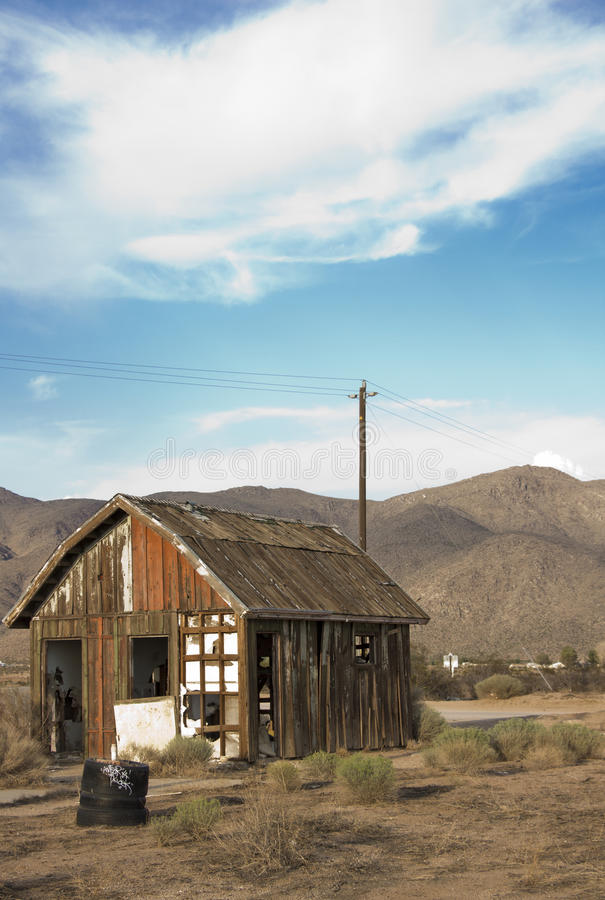 Abandoned Rustic Shack Stock Photography Image 33588852