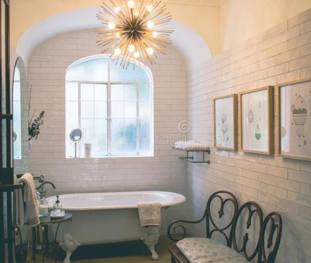 Bathroom Room With Pendant Lamp And Area Rug Free Public Domain Cc Image