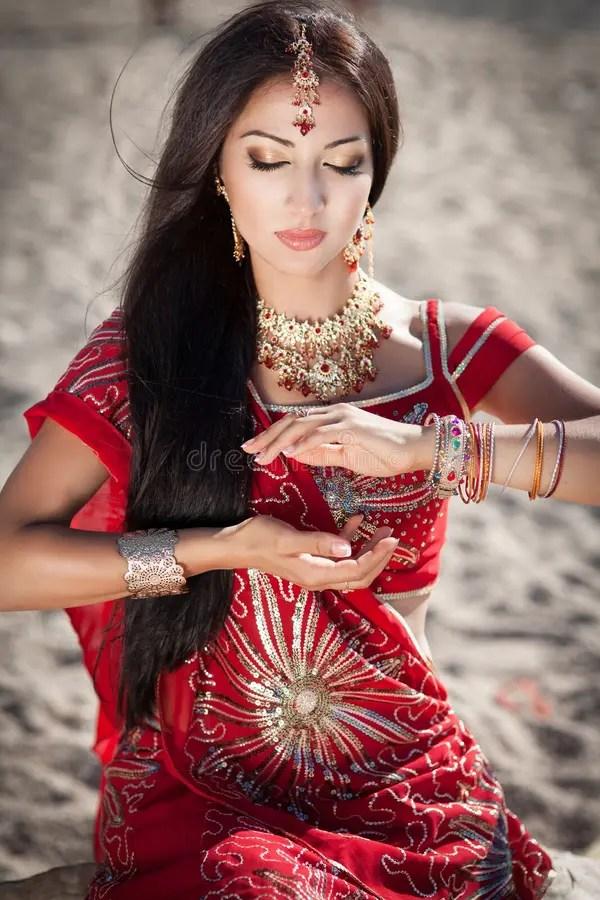 Beautiful Indian Woman Bellydancer Arabian Bride Royalty