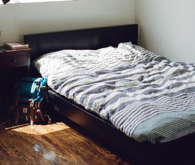Bed In Bedroom Free Public Domain Cc Image