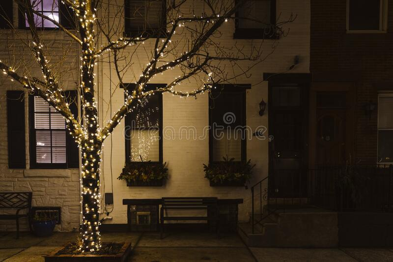 805 christmas house lighting outdoor photos free royalty free stock photos from dreamstime