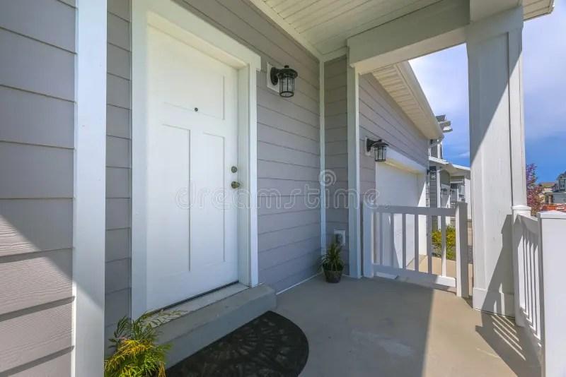 1 469 front door patio photos free
