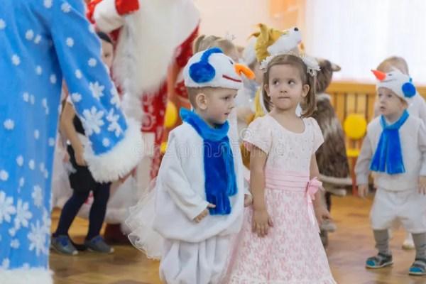 Gomel, Беларусь - 22-ое декабря 2016: Праздник ` S Нового ...