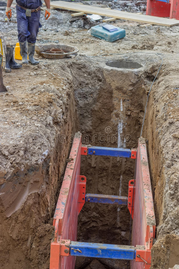 Metal Excavation Shoring Stock Image Image Of Prevent