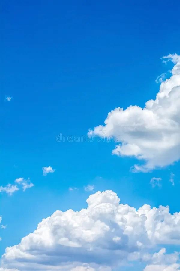 Nuage Blanc Avec Le Ciel Bleu Image stock - Image du ciel ...