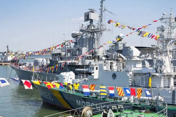 Odesa, Украина - 10-ое июля 2016: ГЕТМАН SAHAYDACHNY ...