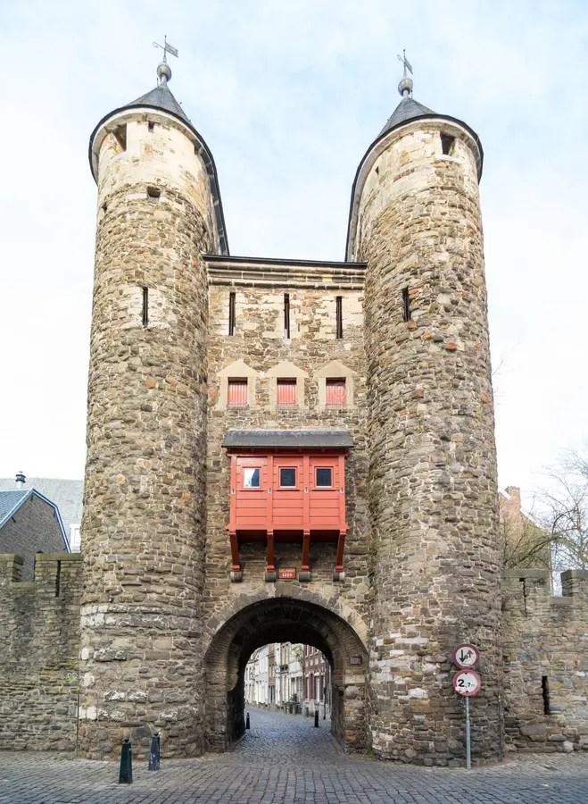 La Puerta Del Infierno De Maastricht - Helpoort Imagen de archivo ...